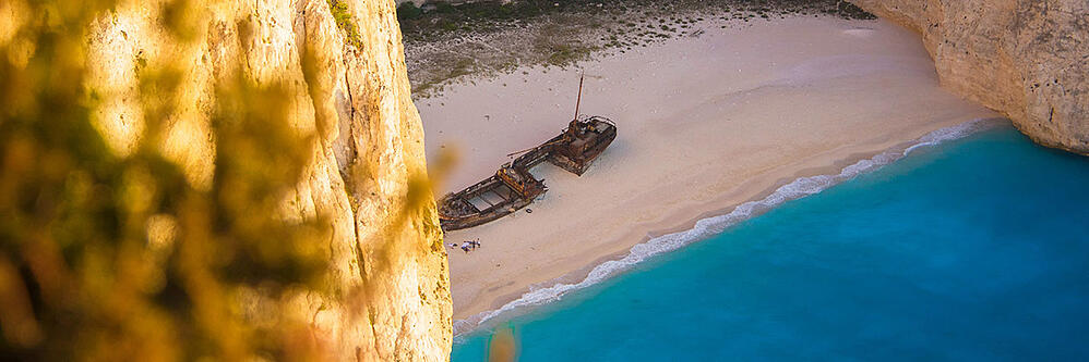 travel12-places-greek-islands-1